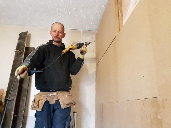 Tim installing IWI